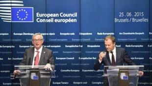 Jean-Claude Juncker رئیس کمیسون اتحادیه اروپا، در نشست رهبران ۲۸ کشور عضو اتحادیه اروپا در بروکسل.