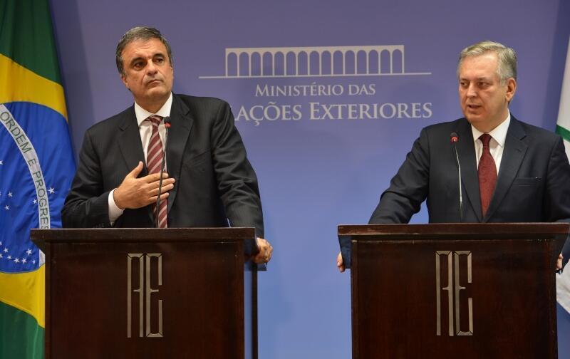 Os ministros da Justiça, José Eduardo Cardoso, e das Relações Exteriores, Luiz Alberto Figueiredo Machado, durante coletiva sobre as denúncias de espionagem de agências norte-americanas de dados da presidenta Dilma Rousseff e assessores.