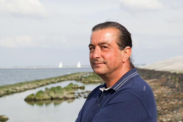 L'écrivain libyen Kamal Ben Hameda.