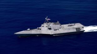 Chiến hạm USS Gabrielle Giffords (LCS-10) ngoài khơi biển Philippines ngày 01/10/2019.