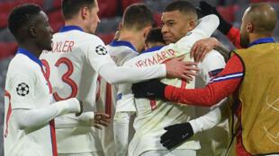 Le PSG reste sur un succès éclatant contre le Bayern Munich avec un doublé de Kylian Mbappé (2e à droite) en Ligue des champions, le 7 avril 2021 à Munich