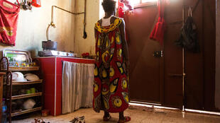 A Alger, nombreux sont les migrants originaires d'Afrique sub-sahariennes qui n'osent plus sortir de peur d'être arrêtés.