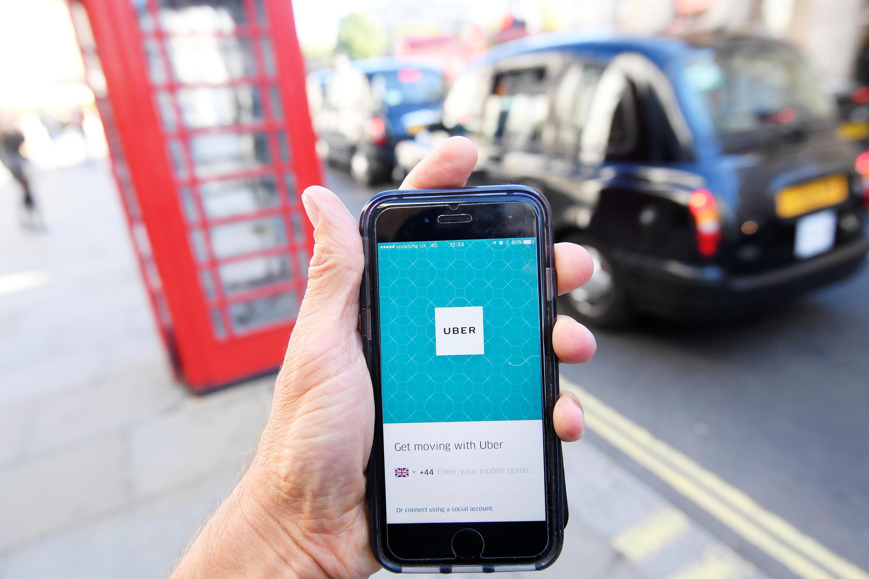 Власти Лондона утверждают, что Uber, в отличие от традиционного такси, не отвечает требованиям безопасности