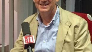 高敬文教授,2019年7月巴黎
