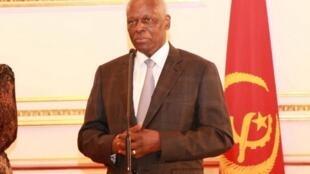 Presidente angolano, José Eduardo dos Santos. ( Foto de arquivo )