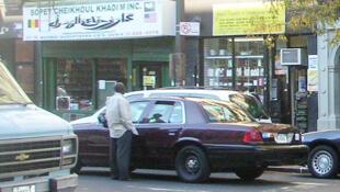 La 116e rue à New York est appelée «Le Petit Sénégal» ou «Little Senegal» notamment pour ses restaurants.