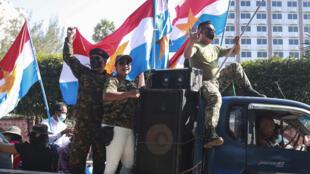 Partisans des militaires au Myanmar