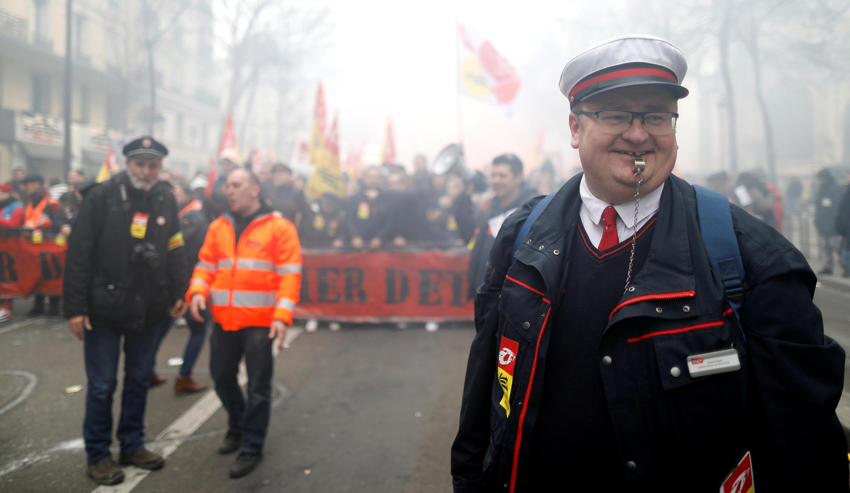 کارکنان شرکت ملی راهآهن فرانسه اعتصابی گسترده را آغاز میکنند