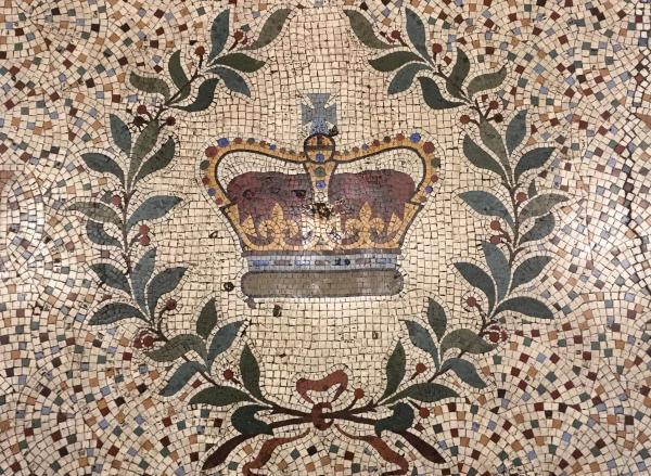Mosaic of the crown of England at the entry of the Crown Liquor Saloon in Belfast