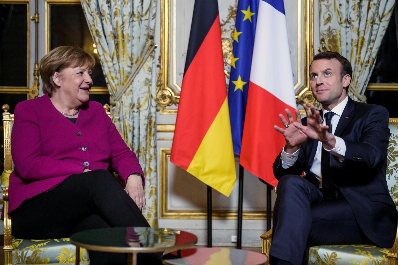 Le président français Emmanuel Macron et la chancelière allemande Angela Merkel à l'Elysée, le 19 janvier 2018.