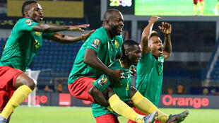 Les Lions indomptables heureux à l'issue de leur victoire face aux bissau-guinéens, le 25 juin 2019.