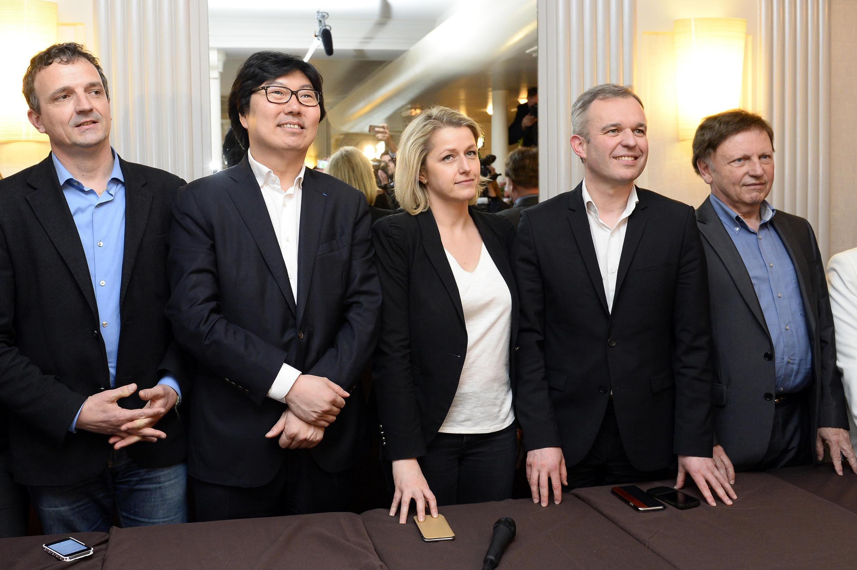 Senator Jean-Vincent Placé (2nd L) with François de Rugy (2nd R) and Barbara Pompili (C)