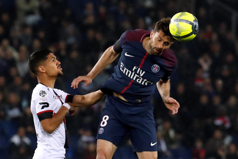 O meio campista se despediu dos gramados com a derrota de 2 a 0 do PSG para o Rennes.