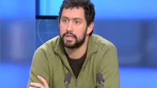 Capture d'écran de Frédéric Debomy, responsable associatif et scénariste de bande-dessinée français.