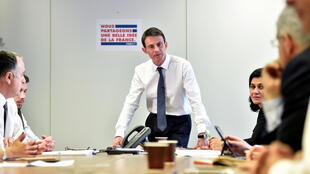 Former prime minister Manuel Valls at his campaiugn headquarters