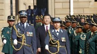 中国国家主席习近平12月2日到南非访问