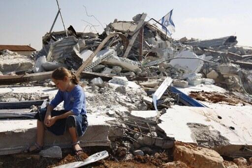 Châu Âu kêu gọi Israel chấm dứt việc cưỡng bức di dời dân cư và phá hủy nhà cửa của người Palestine (© AFP /A. Gharabli)