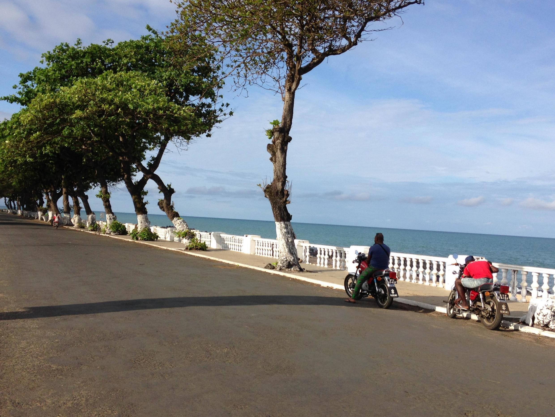 Zona ribeirinha da capital, São Tomé