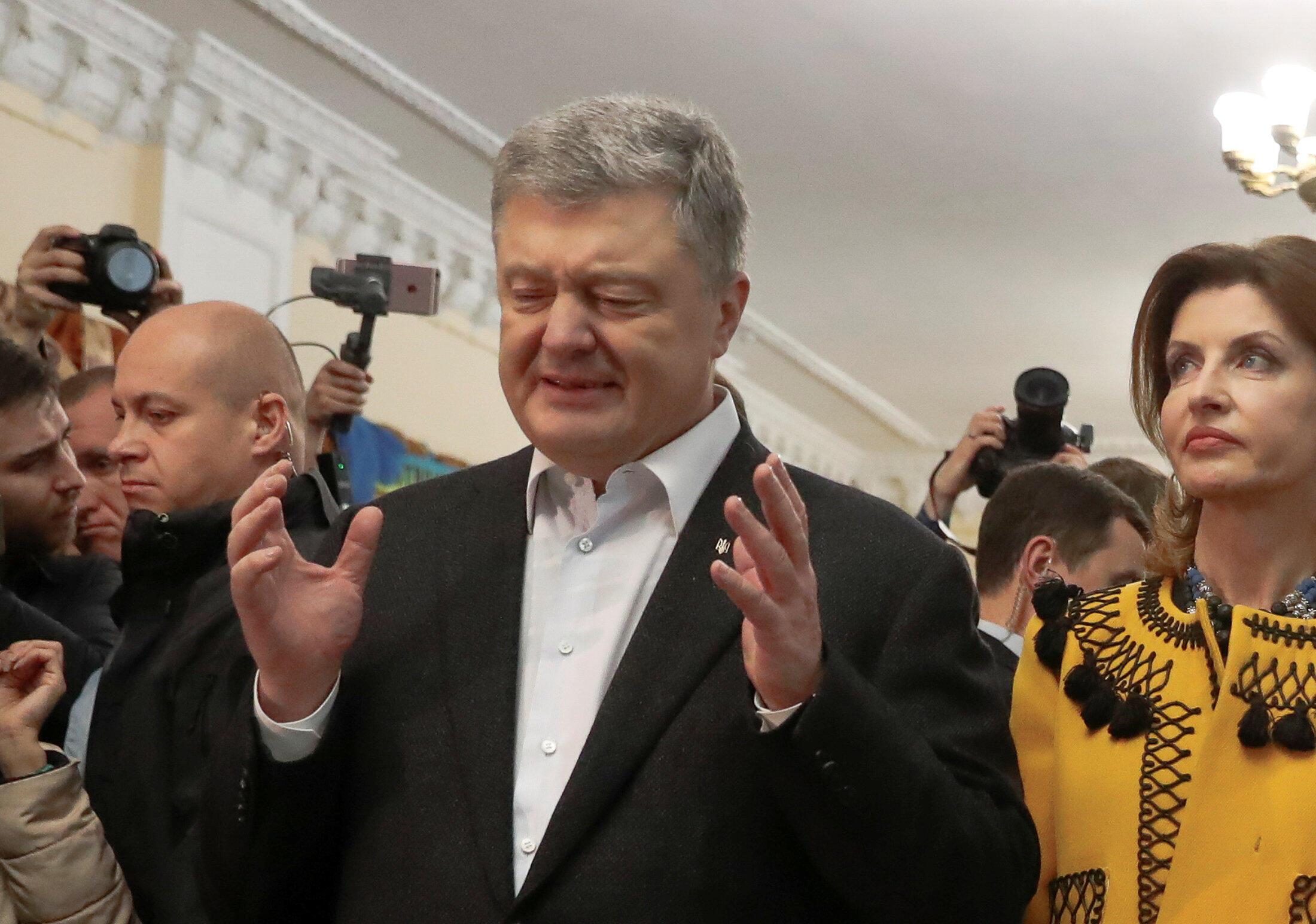 Петр Порошенко на избирательном участке 21 апреля 2019