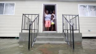 Antes de se tornar tempestade tropical, Isaac deixou rastro de estragos em Nova Orleans