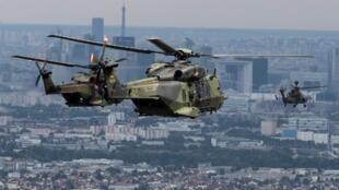 Le défilé aérien du 14-Juillet intégrera plusieurs appareils européens, comme ce NH90 allemand.