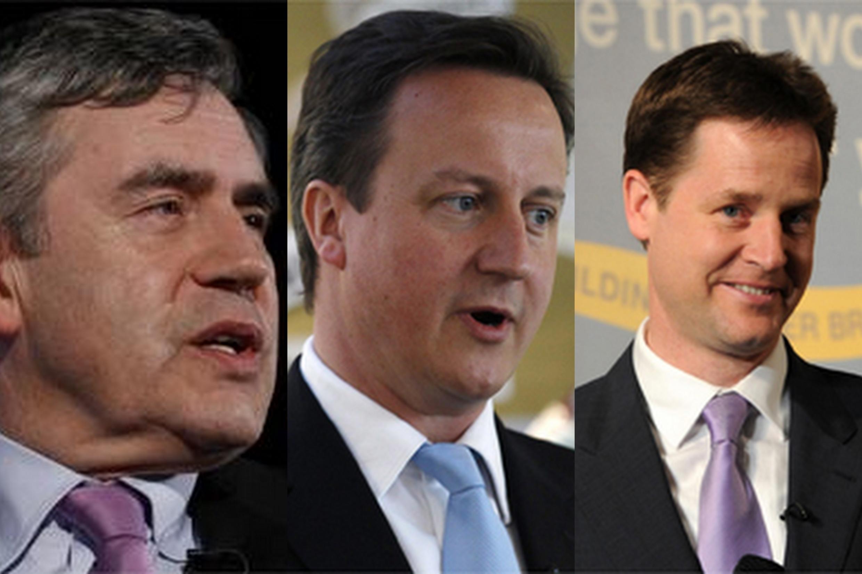 De gauche à droite : Gordon Brown, David Cameron et Nick Clegg.