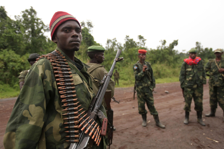 Waasi wa M23 katika eneo la Rumangabo, mashariki mwa Jamhuri ya Kidemokrasia ya Congo, Julai 28, 2012.