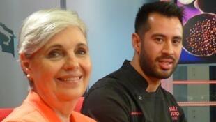 María Concepción Landa García Téllez y el chef mexicano Farid González Grijalva en los estudios de RFI