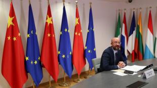 6月22日欧-中线上谈判期间的欧洲理事会主席米歇尔