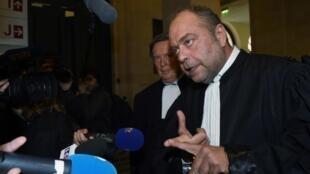Eric Dupond – Moretti defende o oponente congolês Moïse Katumbi