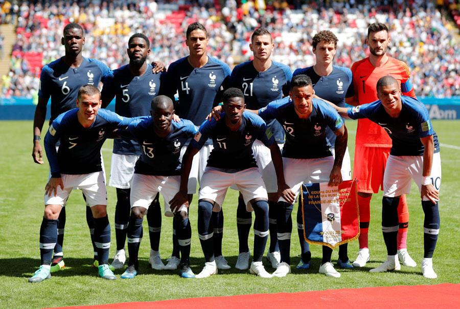 Đội Pháp trước trận gặp Úc, ngày 16/06/2018.