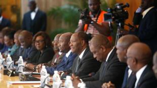 Première réunion du nouveau gouvernement dirigée par le président Ouattara au palais présidentiel, le 11 juillet 2018 à Abidjan.