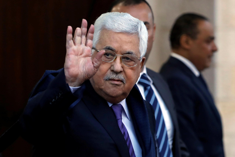 Shugaba Mahmud Abbas ya shaidawa jami'an na Amurka cewar ya na maraba da tayin muddin Israila za ta kasance cikin sabuwar kasar da ake shirin kafawa tare da Jordan.