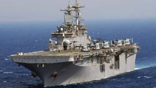 Chiếc hàng không mẫu hạm USS Wasp thuộc bộ chỉ huy USINDOPACOM.