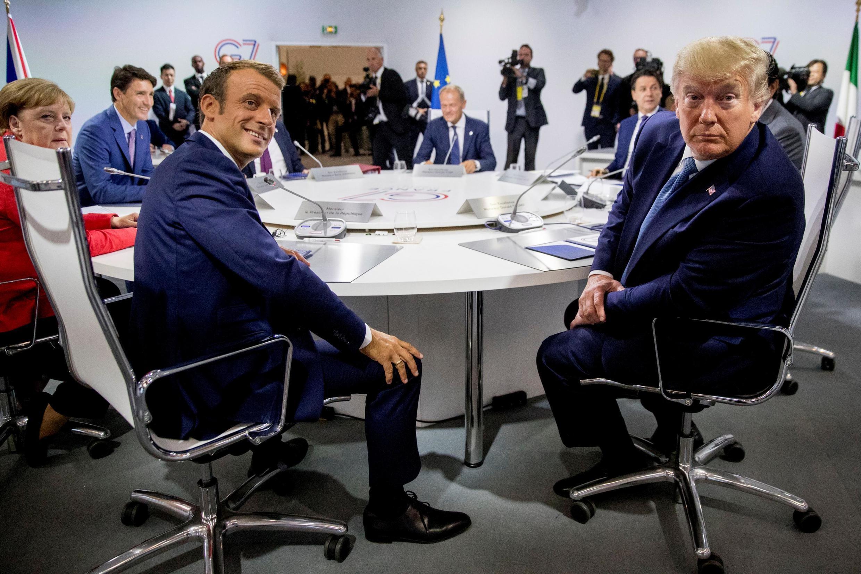 Integrantes do G7, como o francês Emmanuel Macron e o americano Donald Trump, fazem reunião de trabalho na cúpula do G7 em Biarritz, nesta manhã (25/08/2019).