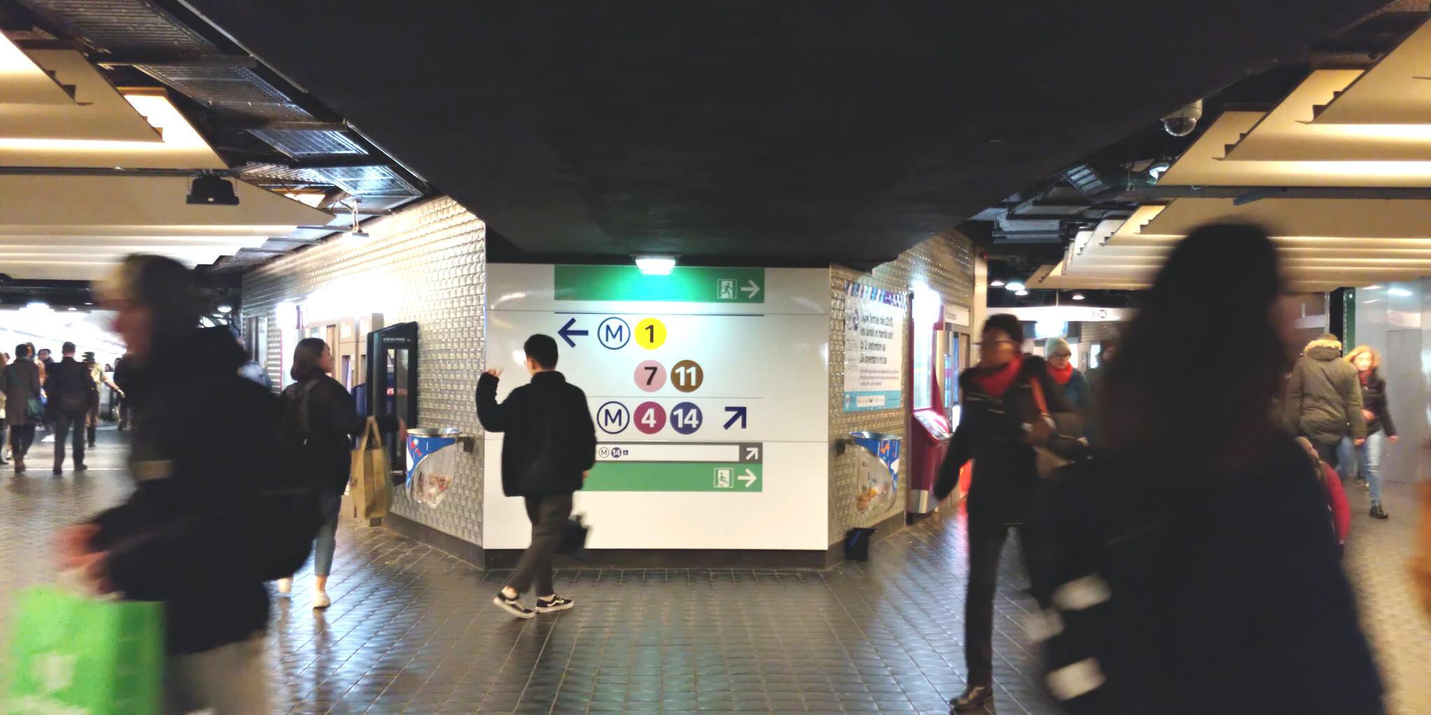 Trạm xe Châtelet với hơn 300 triệu lượt hành khách mỗi năm cũng là nơi tập trung nhiều vụ móc túi
