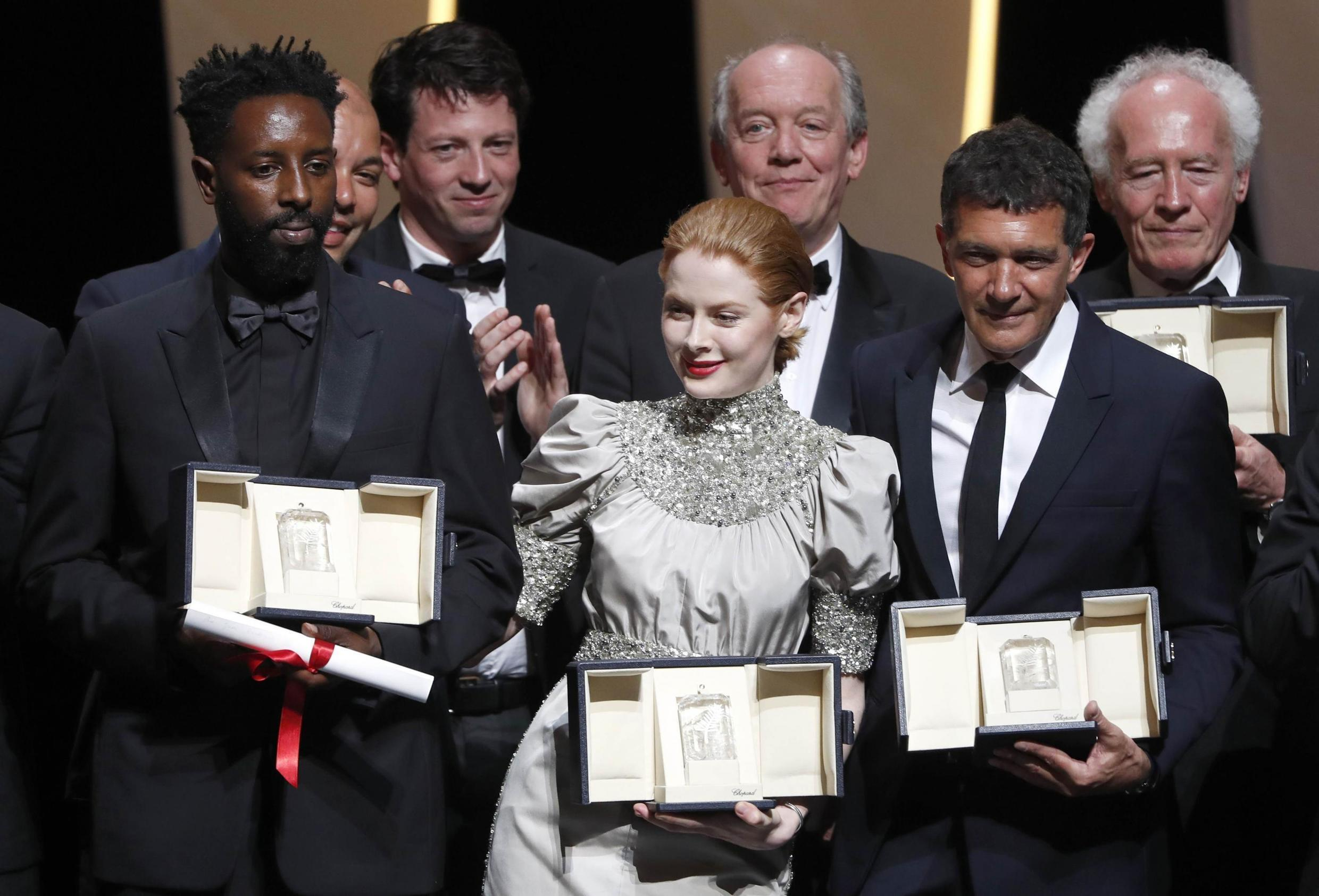 Ladj Ly, Emily Beecham, Luc Dardenne, Antonio Banderas, Jean-Pierre Dardennes, winners at the 72nd Cannes Film Festival, 25 May 2019