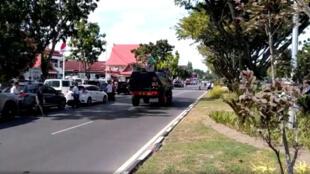 Indonesia : Cảnh tuần tra tại Riau, đảo Sumatra, sau vụ tấn công vào trụ sở cảnh sát. Ảnh ngày 16/05/2018.