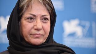 L'Iranienne Rakhshan Bani-Etemad (ici en 2014 à la Mostra de Venise), réalisatrice reconnue internationalement, a été arrêtée pour avoir appelé la population à se rassembler en mémoire des—victimes.