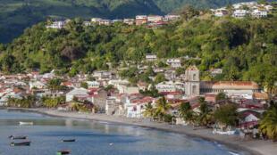 Vue de la commune de Saint-Pierre, en Martinique.