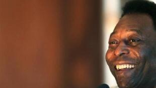 Pessoas com apenas um rim, como Pelé, podem ter uma vida normal