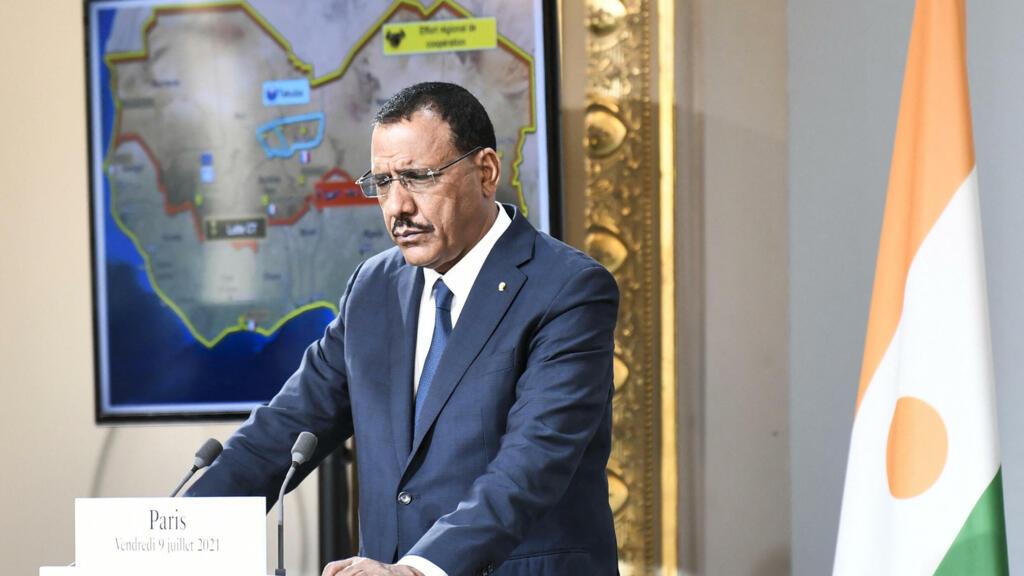Visite de Mohamed Bazoum à Alger: le Niger et l'Algérie sur la même longueur d'onde
