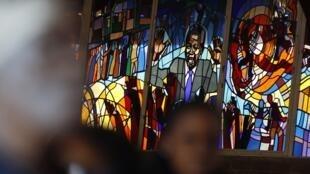 Les vitraux de l'église Regina Mundi à Soweto représentent Nelson Mandela.