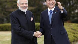 Thủ tướng Nhật Bản, Shinzo Abe tiếp đồng nhiệm Ấn Độ, Narendra Modi tại làng Yamanakako, tỉnh Yamanashi, Nhật Bản, ngày 28/10/2018.