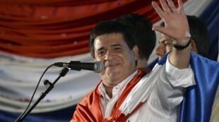 O presidente eleito do Paraguai, Horacio Cartes, tem um passado nebuloso.