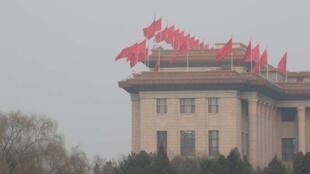 3月一日,北京人民大会堂,两会在这里举行。