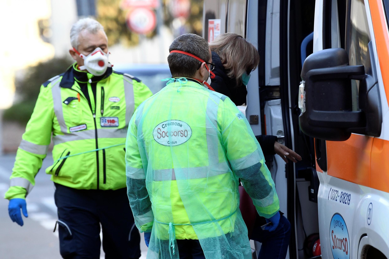 Governo italiano adopta medidas sanitárias em 11 cidades da Lombardia, no norte da Itáliaannoncé le 22 février 2020 la mise en isolement d'au moins 11 villes, principalement en Lombardie