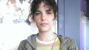 A cantora e compositora paulistana Céu, nos estúdios da RFI.