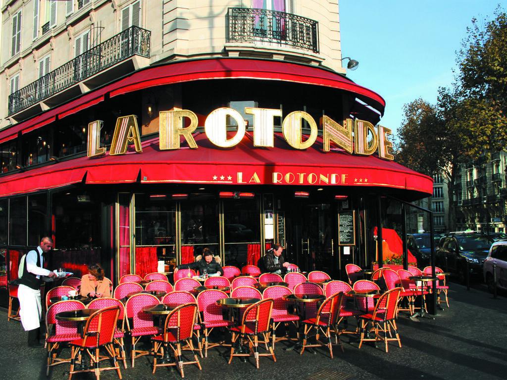 Café «La Rotonde», Montparnasse, Paris.