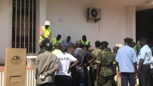 Voto antecipado de militares, polícias, bombeiros e outros decorreu esta quinta-feira, 21 de Novembro de 2019. Bissau.